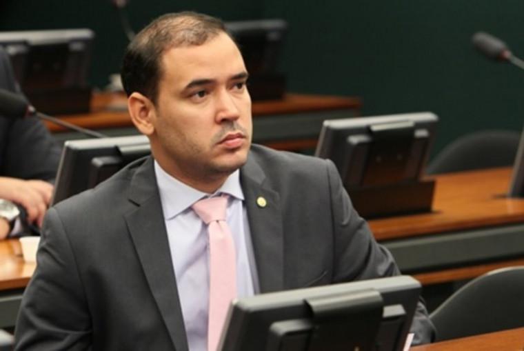 Deputado federal Vicentinho Júnior (PL-TO)