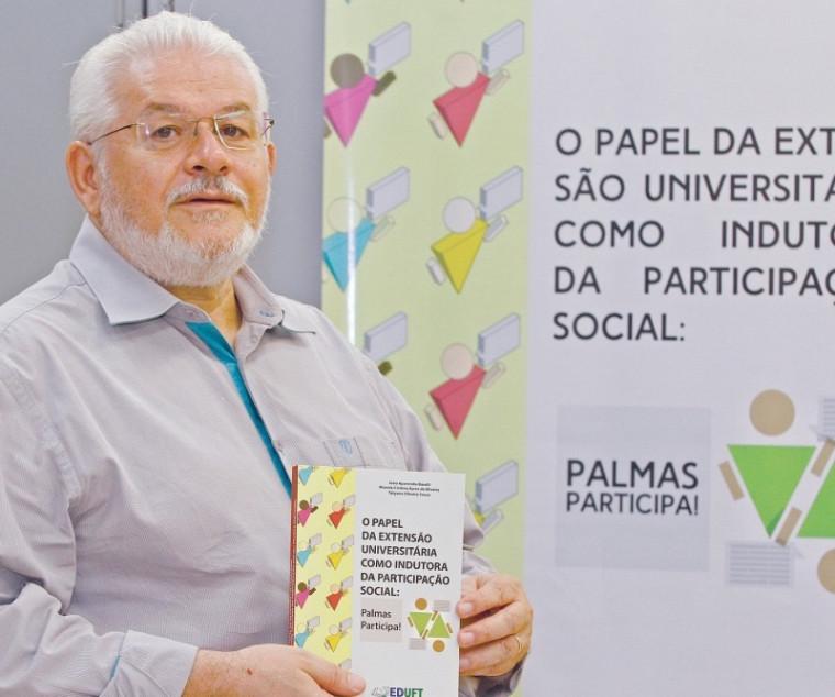 Professor João Bazolli tem mais de 20 anos de trabalho na educação
