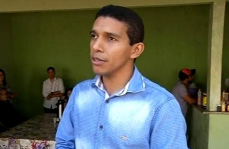 Neurivan Rodrigues, prefeito de Carmolândia