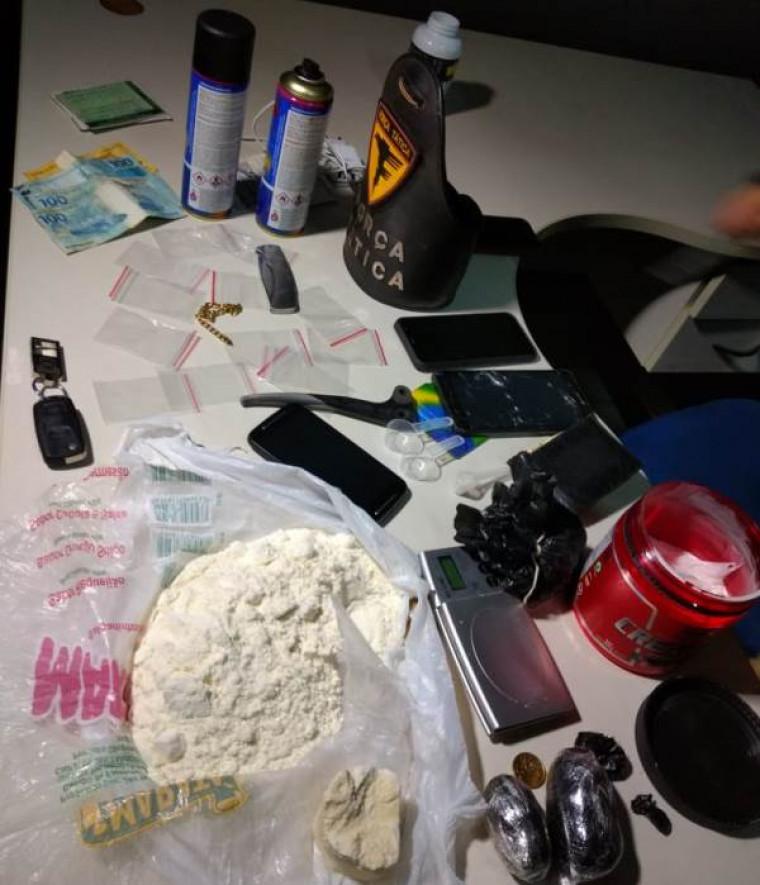 Drogas e objetos apreendidos