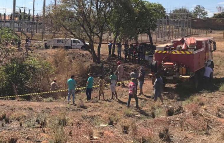 O Corpo de Bombeiros foi acionado para auxiliar no resgate do corpo