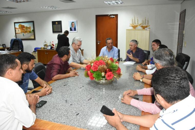 Reunião na AL com membros do Movimento Pró-BR-010