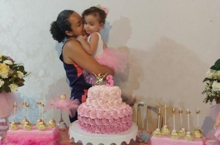 Elida Guimarães e a filha