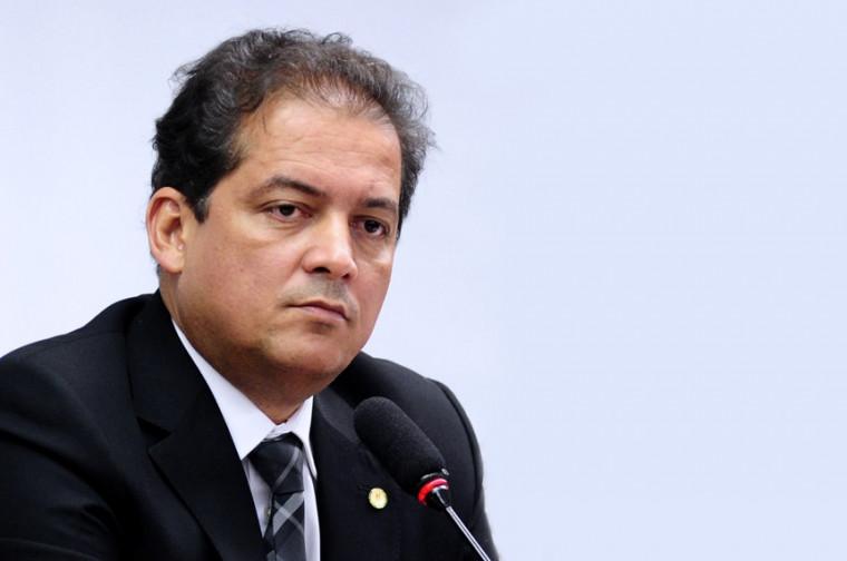 Senador Eduardo Gomes (MDB-TO)