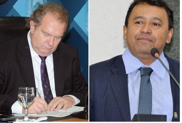Governador Mauro Carlesse (DEM) e deputado Elenil da Penha (MDB)