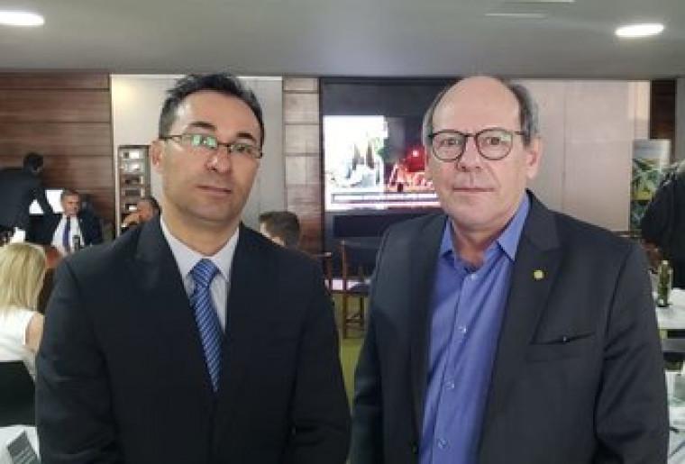 Dimas colocou Wagner Rodrigues na presidência do PTB do Tocantins
