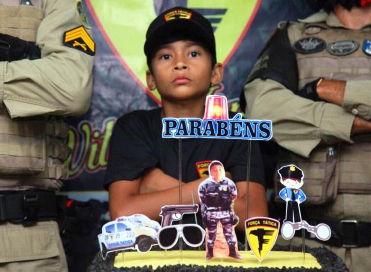 O garoto mora em Araguaína