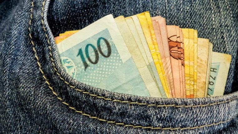 Emprestar dinheiro para parentes e amigos é uma fria!