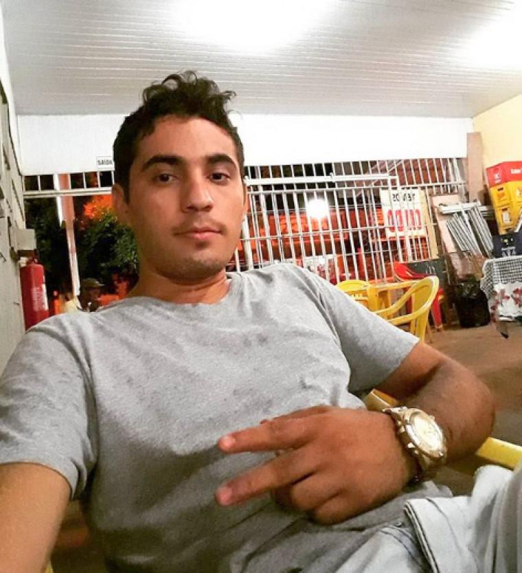 Adagilson Taveira Bezerra, de 24 anos