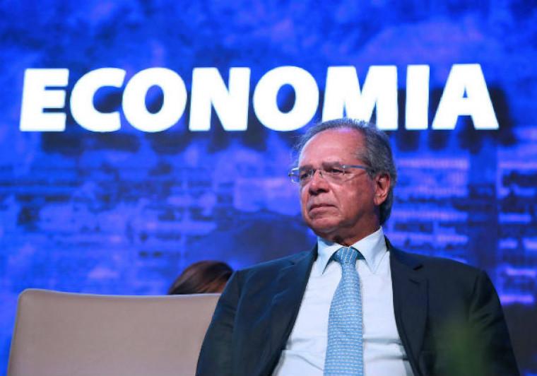Paulo Guedes, ministro da Economia, defende proposta