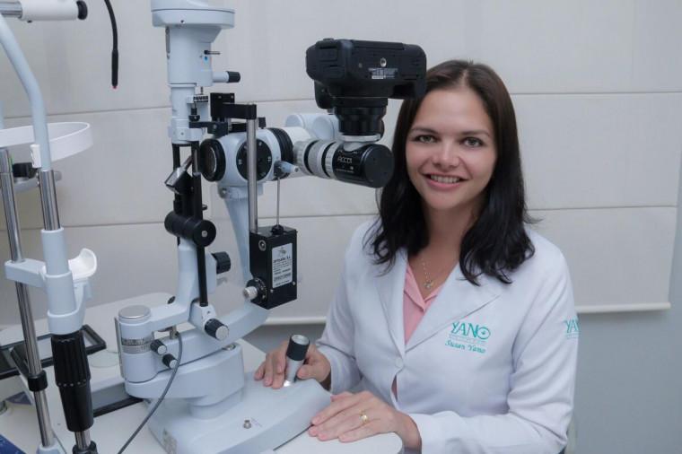 A oftalmologista Susan Yano afirma que os óculos de sol sem a proteção correta podem comprometer a saúde dos olhos