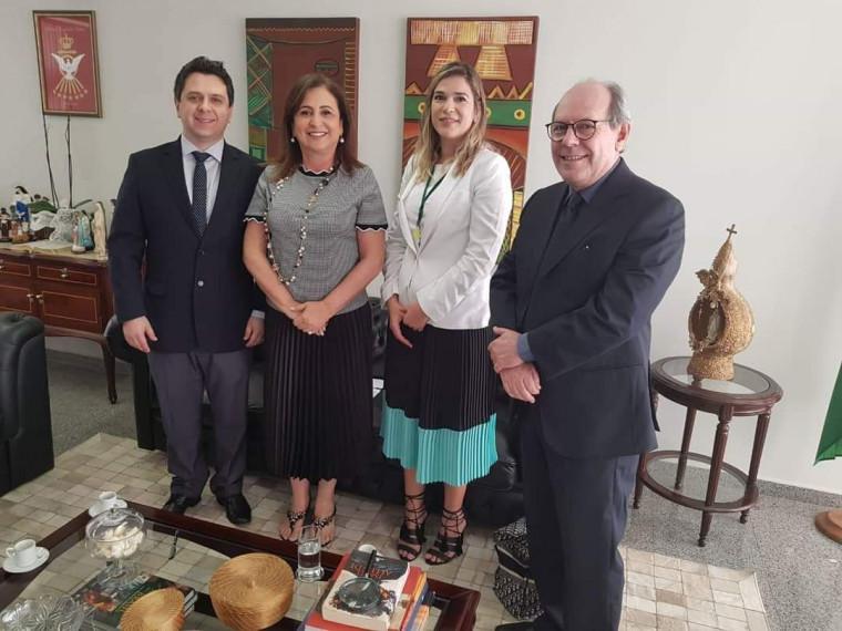 Reunião em Brasília no gabinete da senadora Kátia Abreu