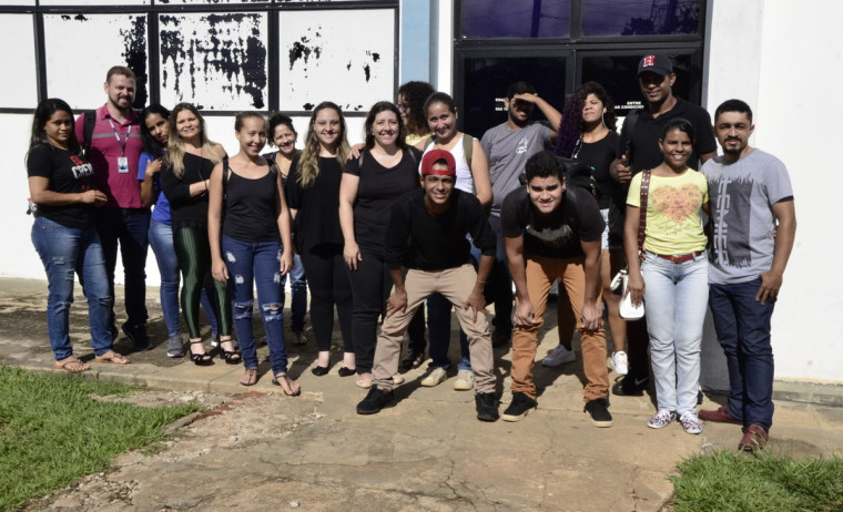Alunos do curso de Libras e Letras da Universidade Federal do Tocantis