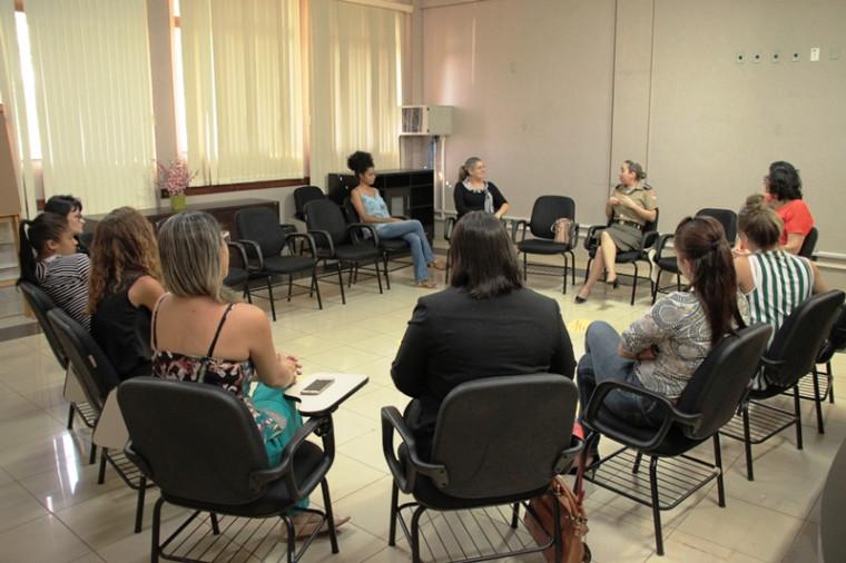 Roda de conversa com mulheres na Unitins