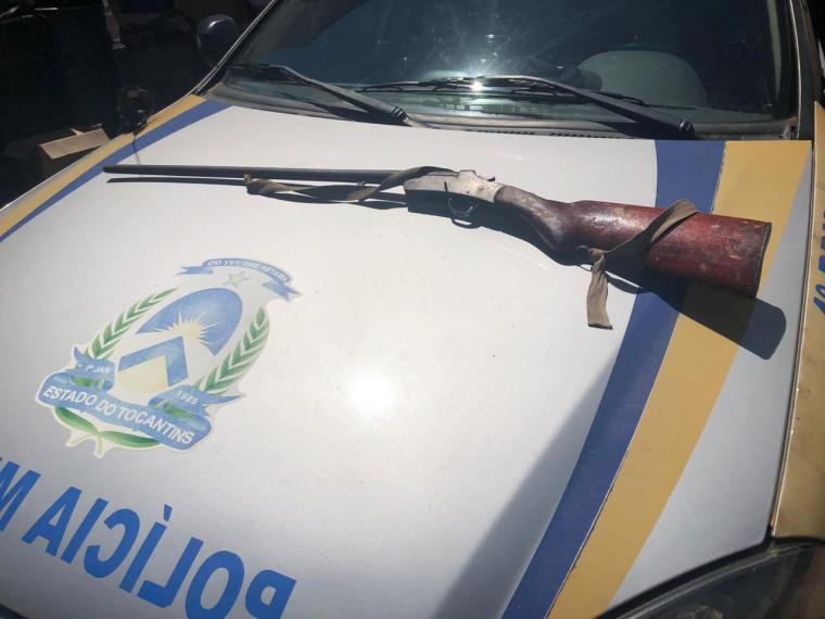 Arma de fogo era usada para intimidar a vítima