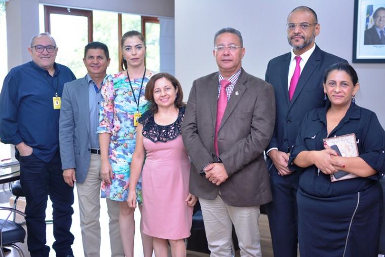 Reunião com representantes da Passaredo e Gol