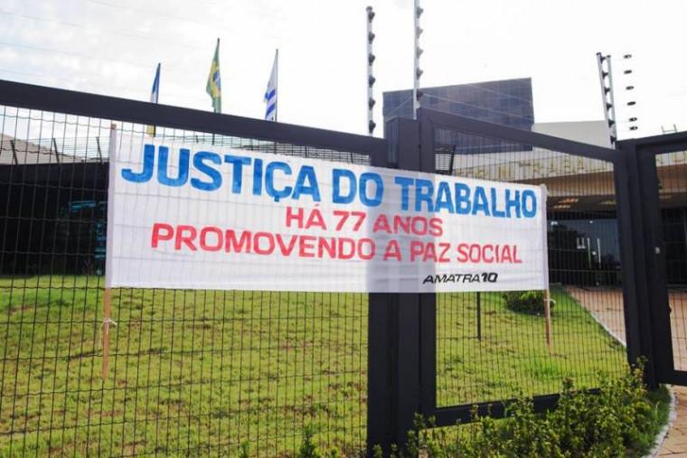 A ação pede continuidade da Justiça do Trabalho