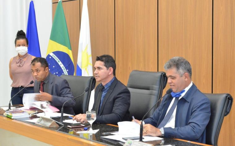 Vetos são apreciados e urgência de projetos retirados na Câmara de Palmas