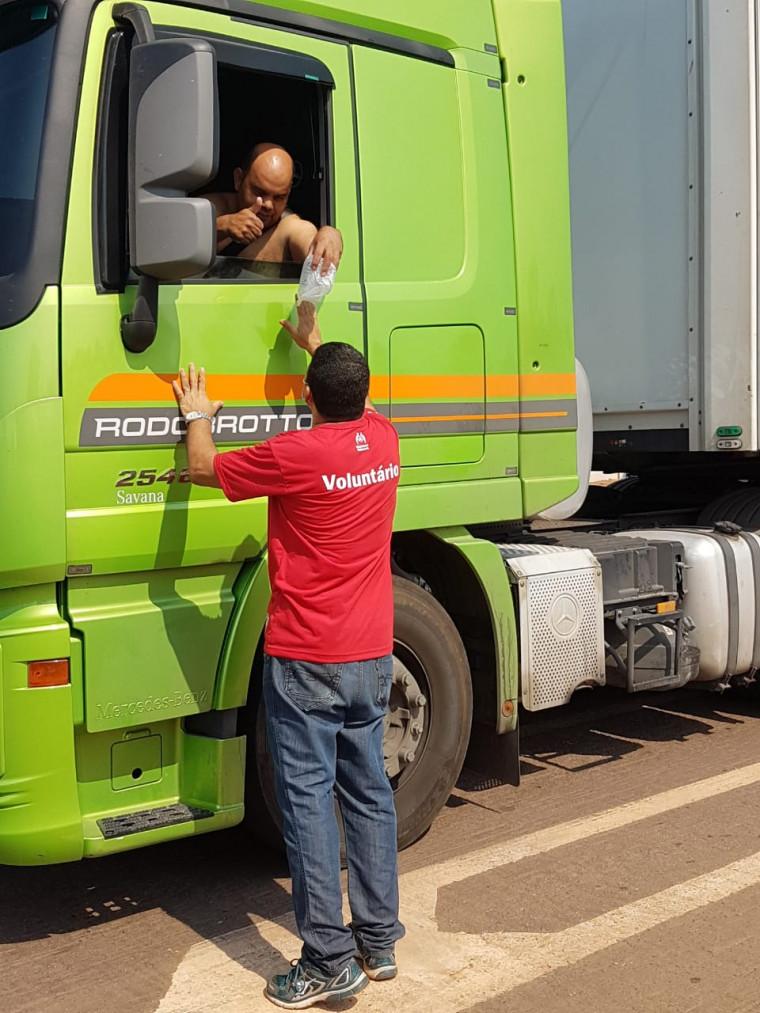 Ação em comemoração ao dia do caminhoneiro