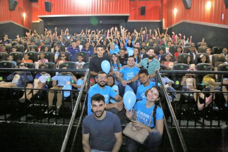 Estudantes no cinema