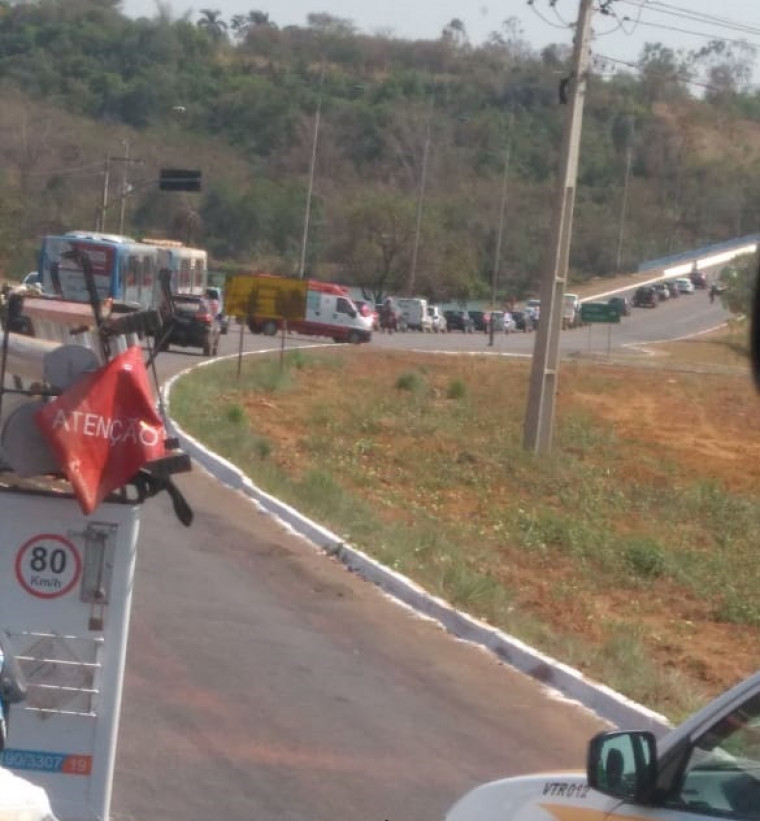 Simulado causou congestionamento na principal avenida da Capital