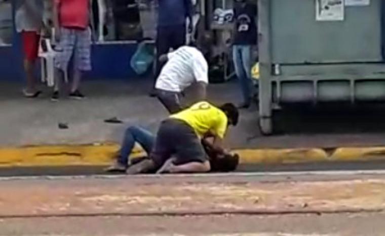 A vítima chegou a ser socorrida com vida, mas não resistiu e veio a óbito a caminho do hospital