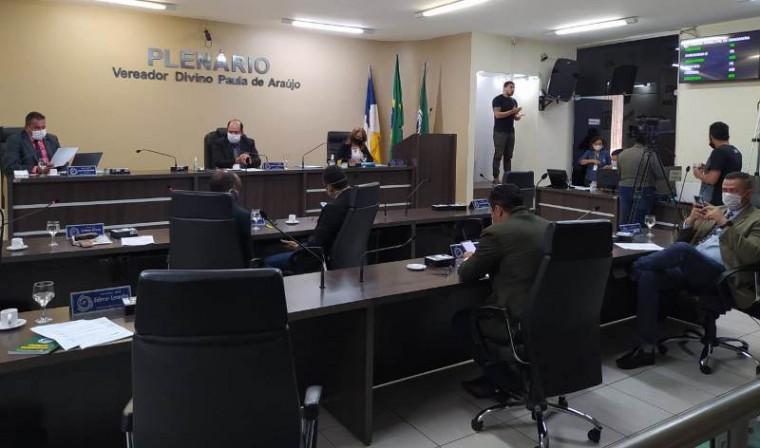 Sessão na Câmara de Araguaína
