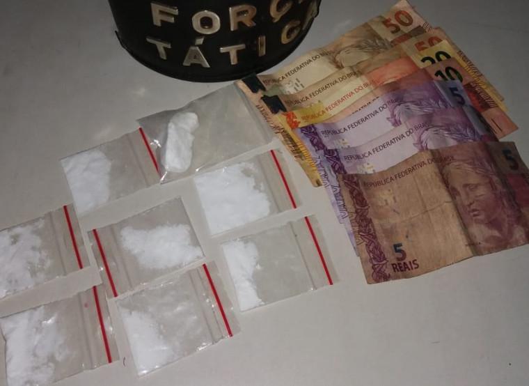 Cocaína estava no bolso de um dos passageiros