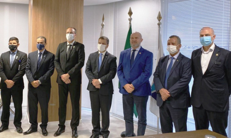 Assinatura ocorreu em Brasília