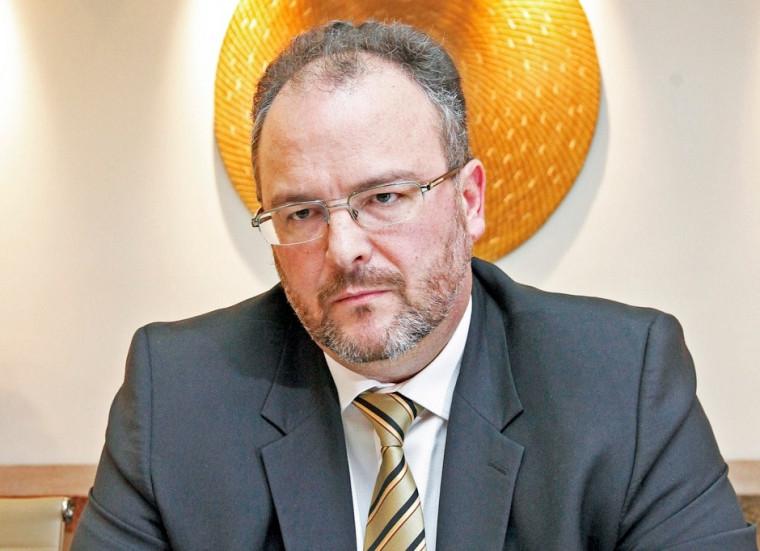 Secretário da Fazenda, Sandro Henrique, foi notificado, mas não respondeu
