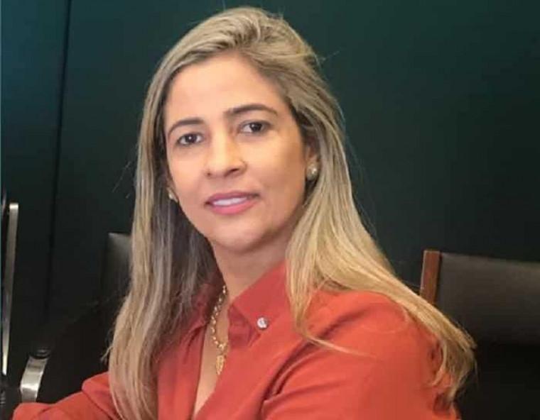 Patrícia Evelin, prefeita de Xambioá (TO)