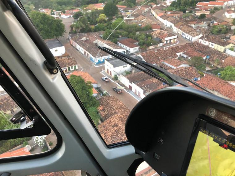 Helicóptero da SSP está dando apoio na operação