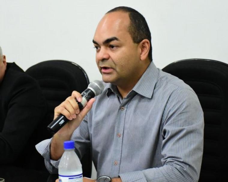 Promotor de justiça Celsimar Custódio comanda a investigação