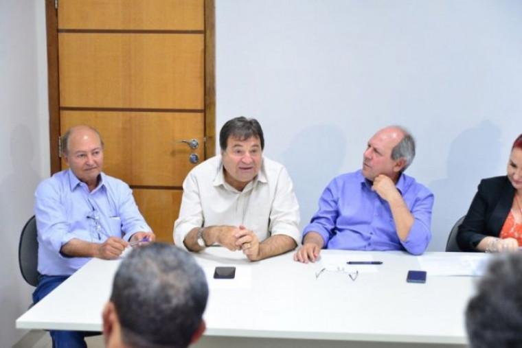 Assinatura do convênio com Dimas, Lázaro e Halum em agosto de 2018