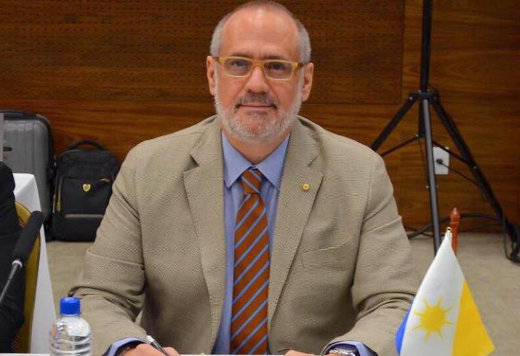 Dr. Edgar Tollini, médico e Secretário de Estado da Saúde