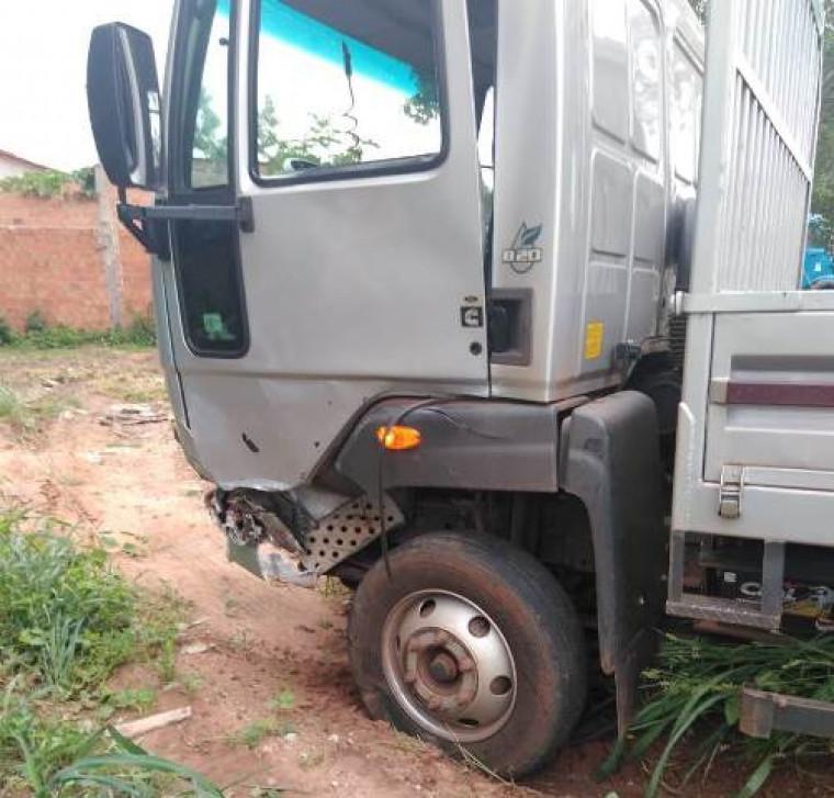 Caminhão envolvido no acidente