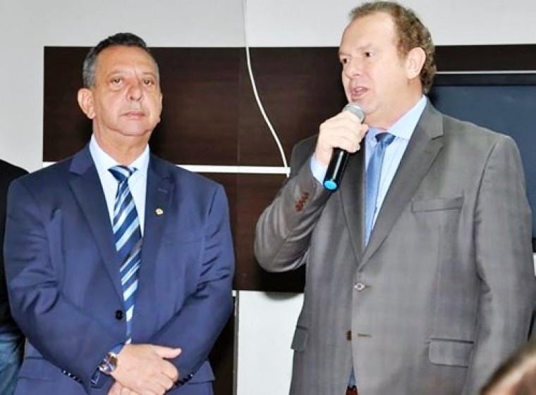 Presidente da AL, Antônio Andrade, e governador Mauro Carlesse