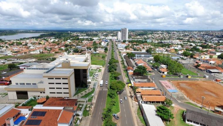 Recursos serão aplicados na pavimentação de 12 bairros em Araguaína