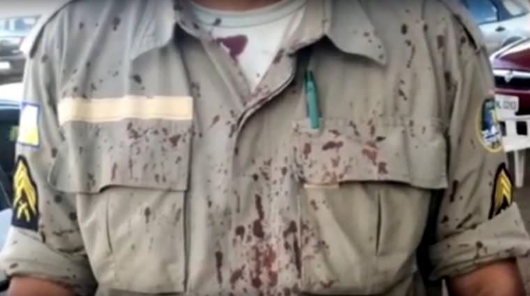 O militar foi atingido por uma senhora depois da abordagem a um suspeito