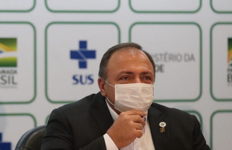 Eduardo Pazuello, ministro interino da Saúde
