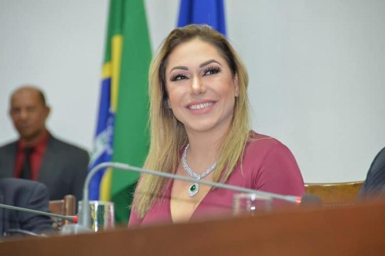 Deputada estadual Luana Ribeiro (PSDB)