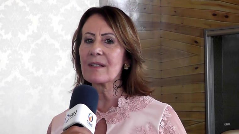Prefeita Lires Ferneda(PSDB).