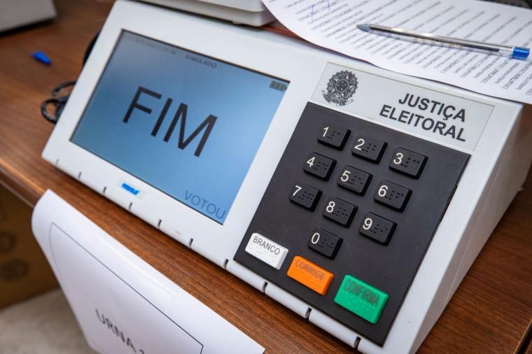 Deputados não seguem seus próprios partidos nas eleições municipais do Tocantins