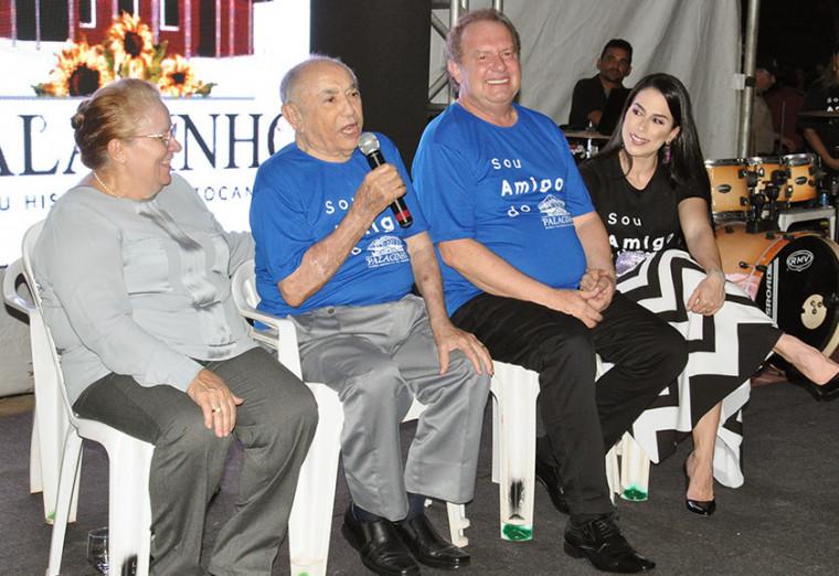 O ex-governador Siqueira Campos foi homenageado durante a reabertura do Palacinho
