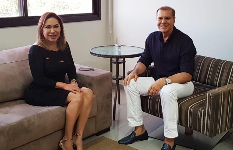Encontro entre Luana Ribeiro e Ataídes Oliveira, ambos do PSDB