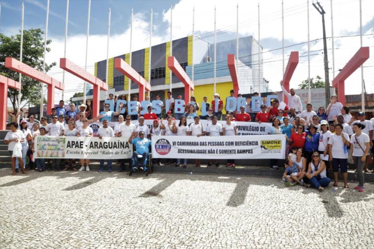 6ª Caminhada das Pessoas com Deficiência reuniu mais de 400 pessoas na manhã desta sexta-feira (7).