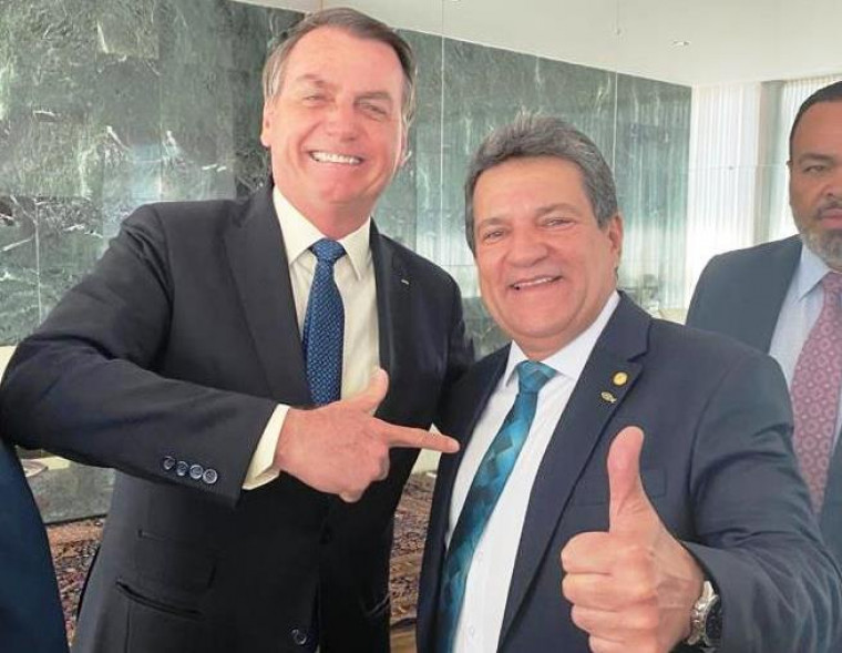 Presidente Bolsonaro e deputado Osires Damaso (PSC)