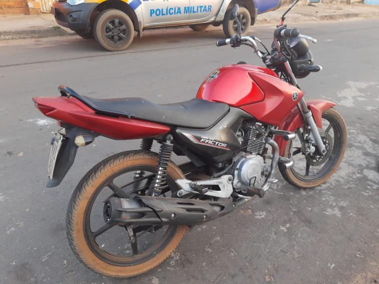 Motocicleta tinha registro de roubo