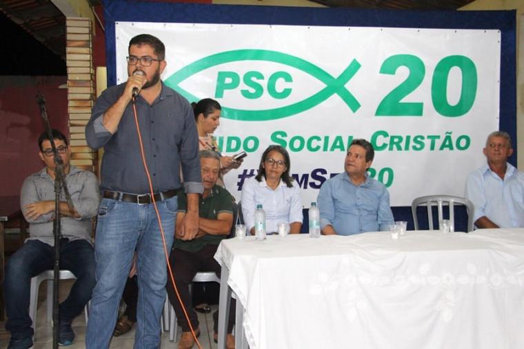 Cleomar Bucar discursa durante sua filiação