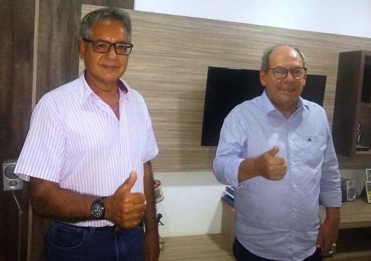 Gilmar Carneiro e Ronaldo Dimas, presidente estadual do Podemos